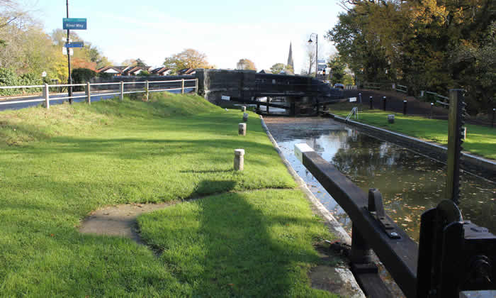 Wey Lock at Weybridge